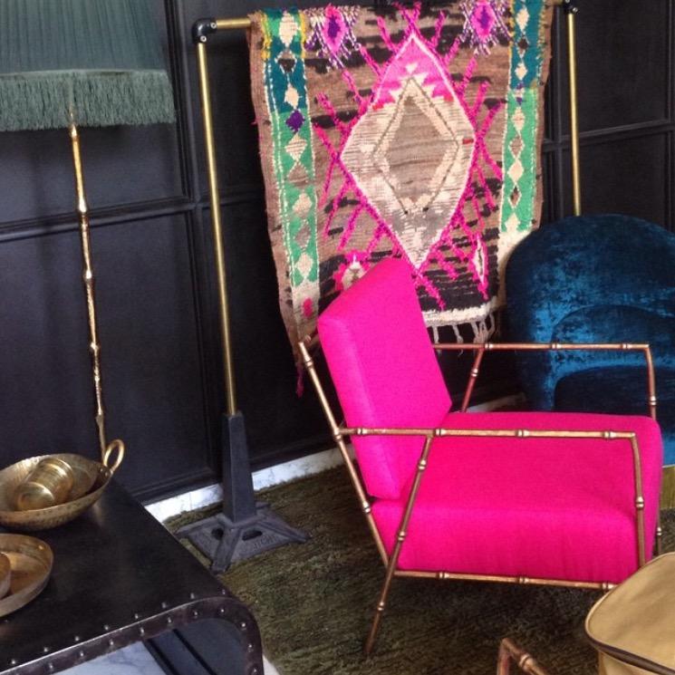 F-Linnen gebruikt voor het stofferen van dit unieke stoeltje.